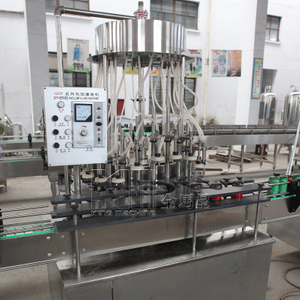 12 Heads Can Negative Pressure Filling Machine Without Sparkling